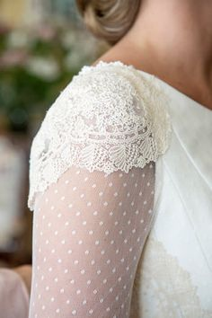 Lace Wedding dress // Long sleeve wedding Dress // Querida Valentina