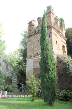 Giardino di Ninfa - torre
