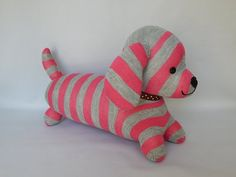 Dachshund Plush Toy Dog Stuffed Animal Plushie door SockSockWorld