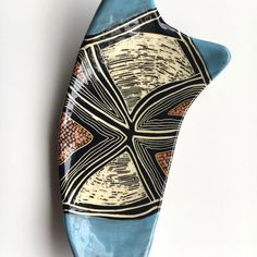 847-blue-diamond-butterfly-dish