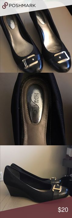 Alfani flex black and gold wedges size 8 Like new condition, purchased 9 months ago from Macy's. They are super comfortable. Great for business attire or pair with your LBD! Alfani Shoes Wedges