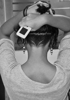 nape undercut hairstyle women with medium short hair - Buscar con Google