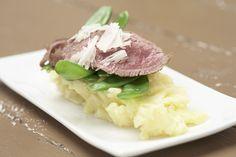 Een overheerlijke lamsfilet met truffelaardappelpuree, die maak je met dit recept. Smakelijk!
