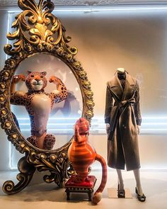 """TSUM DEPARTMENT STORE, Moscow, Russia, """"Mirror, mirror on the wall, make me pretty, thin and tall"""", pinned by Ton van der Veer"""