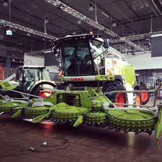 Maszyny już czekają na swoich miejscach! Monster Trucks, Vehicles, Car, Vehicle, Tools