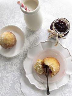 my button cake: jam doughnut cakes