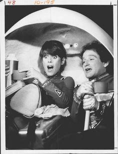 Pam Dawber And Robin Williams      Mork & Mindy (1981)      Press Photo