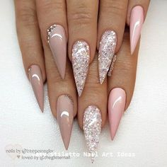 55 Stylish Glitter Stiletto Nail Designs The stiletto nail shape is one of the most extreme nail shapes. But the stiletto nails have become more and m Cute Acrylic Nails, Glitter Nails, Cute Nails, Pretty Nails, Pink Glitter, Smart Nails, Sparkly Nails, Gold Nails, Black Nails