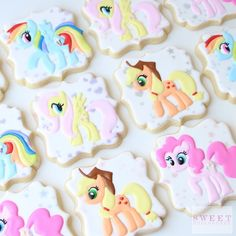 Check out these 23 My Little Pony Birthday Party Ideas for the perfect inspiration on cakes, decorations, favors, food, and more. My Little Pony Party, My Little Pony Cupcakes, Cumple My Little Pony, Cookies For Kids, Fancy Cookies, Cute Cookies, Cookies Decorados, Little Poney, Cookies Et Biscuits