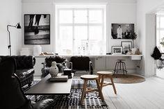 Black and White Living Room Inspiration Scandinavian Interior Design, Home Interior, Interior Architecture, Scandinavian Style, Scandinavian Office, Scandi Chic, Scandinavian Apartment, Interior Ideas, Home Living Room