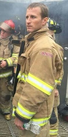 Kasey Kahne hands down the hottest firefighter!