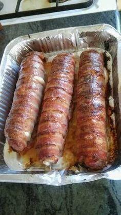 Baconos sajtos tekercs Grilling Recipes, Pork Recipes, Cooking Recipes, Serbian Recipes, Hungarian Recipes, Crawfish Stew Recipe, Smoothie Fruit, Hungarian Cuisine, Pork Dishes
