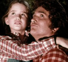 """Little House On The Prairie"" - Laura and Charles Ingalls (Melissa Gilbert and Michael Landon) Melissa Gilbert, 80 Tv Shows, Old Shows, Laura Ingalls Wilder, Old Western Actors, Ingalls Family, House Cast, Michael Landon, Writers"