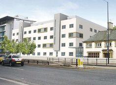 Project: Ramada Jarvis Hotel, Heathrow (UK). Caloris®WRF-airconditioning van hotel met aansluiting op een systeem van geothermische warmtepompen. Architect: Dexter Moren Architects: http://www.coltinfo.nl/ramada-jarvis-hotel.html