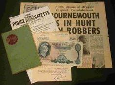 UNDER THE HAMMER: The faded �5 note, DS Stan Davies' notebook and old press cuttings from the Great Train Robbery