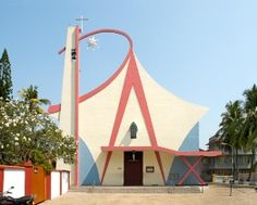 Haubitz+Zoche | series of pictures of churches like this in India