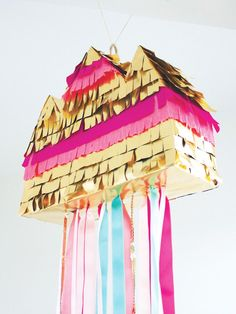In love with Happy ♥ piñata - FrenchyFancy