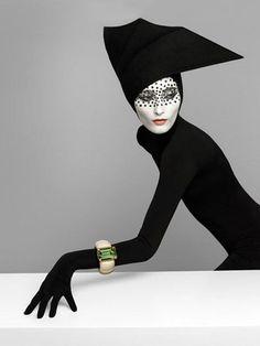 Photographer Patrizio Di Renzo   Pure Poison. www.fashion.net