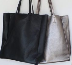 Tote bags. Black and silver