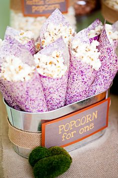Roberts and Co. Event Planning - Favor Bars and Buffets http://www.robertseventplanning.com/favor