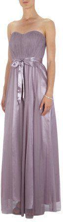 Pin for Later: 50 elegante, bodenlange Abendkleider unter 100 €  Mariposa elegantes Abendkleid aus feinem Tüll mit Satin-Taillengürtel (ursprünglich 150 €, jetzt 50 €)