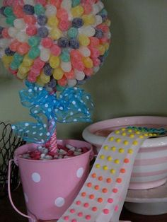 the vintage umbrella: gumdrop topiary Candy Topiary, Candy Trees, Candy Wreath, Topiary Trees, Artist Birthday Party, Birthday Crafts, Birthday Ideas, Recycled Crafts Kids, Crafts For Kids