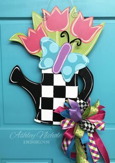 Watering can with Tulips Door Hanger от DesignsAshleyNichole