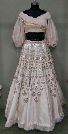 Larger Designer Dresses & Jumpsuits - Jumpsuits and Romper Indian Lehenga, Red Lehenga, Lehenga Choli Designs, Designer Bridal Lehenga, Indian Wedding Outfits, Indian Outfits, Indian Designer Outfits, Designer Dresses, Lehenga Indien