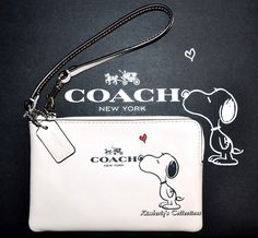 COACH X Peanuts SNOOPY Limited Edition White Leather Wristlet Handbag Clutch Wallet  #Snoopy