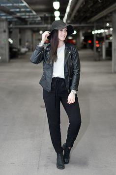 Leatherjacket and hat http://www.mandeldesign.se/
