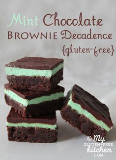 Mint Chocolate Brownie Decadence from Michelle gluten free dessert Looking for special, decadent, over the top gluten-free mint brownies? You've come to the right place! I make these whenever the chocolate + mint craving hits me! Brownie Sans Gluten, Cookies Sans Gluten, Dessert Sans Gluten, Gluten Free Brownies, Baking Brownies, Gluten Free Deserts, Gluten Free Sweets, Foods With Gluten, Gluten Free Baking