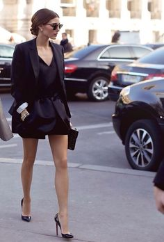 Olivia Palermo- For a girl with such an awesome wardrobe... She seems so sad! I rarely see her crack a smile in photos...