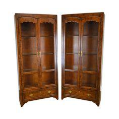 Henredon Folio Twelve French Country Style Pair Oak Curio Cabinet