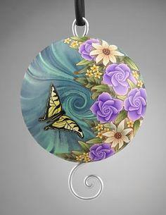 Beautiful pendant by Lynne Ann Schwarzenberg.