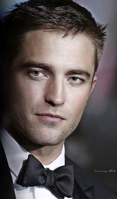 He's the man...<3Robert Pattinson