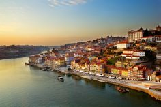 Dagaanbieding: 4-daagse stedentrip naar <b>Porto</b> incl. vlucht en hotel