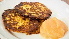 Rezept: Reibekuchen Bild Nr. 2 French Toast, Muffin, Breakfast, Recipes, Food, Simple, Diced Potatoes, Food Food, Morning Coffee