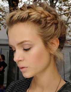 Braided hair (L)