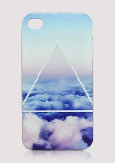 Ciel et nuages bleus avec triangle