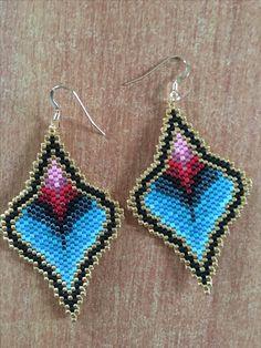 Boucles d oreilles en perles miyuki 30€ Facebook : Mademoiselle Anaïs