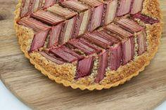 Mønstret rabarbertærte