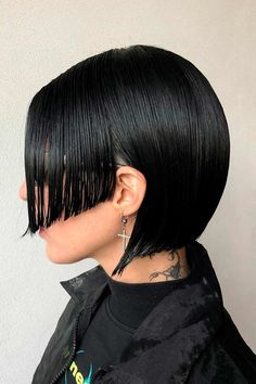 Sleek Hime Cut ❤ The royal him cut seems to have taken over the world with its cute and beautifying appearance. Check out our fresh pics to find out why it's so special! #himecut #lovehairstyles #hair #hairstyles #haircuts Japanese Trends, Tapered Haircut, Thin Hair Haircuts, Wet Look, Pixie Cut, Japanese Girl, Hair Trends, Casual Looks, Hair Cuts