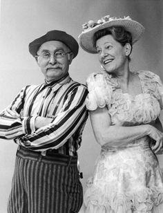 Grandpa Jones and Minnie Pearl