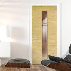 Bespoke Lille 1L Oak Flush Door with Clear Safety Glass.    #door #internaldoor #bespokedoor #contemporarydoor #interiordoor