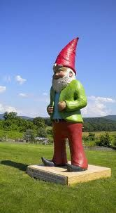 Gnome Statue - I want to see this in person!