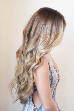women's hairstyles colors long hair wavy
