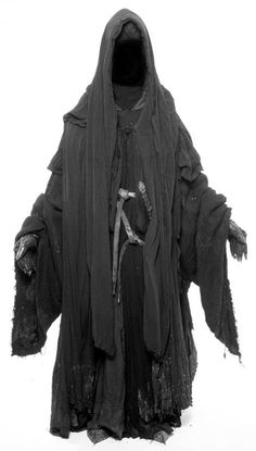 Nazgul!!!  I want to dress up like this to take my finals!
