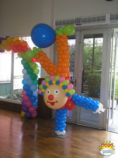 Palhaço Circus Decorations, Ballon Decorations, Carnival Themes, Birthday Decorations, Balloon Tree, Balloon Crafts, Balloon Backdrop, Clown Balloons, Clown Party