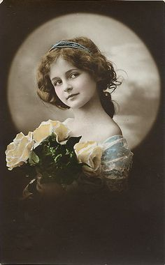 Vintage Woman Cabinet Card by Suzee Que, via Flickr
