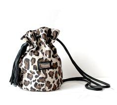 Bolsita Angie Leopardo